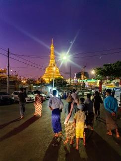 Botahtaung Pagoda, Yangon, Myanmar.