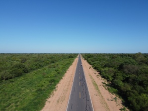 800km flat and straight, with almost no trafic at all: welcome to the Trans Chaco ! Between Filadelfia and Mariscal, Paraguay.